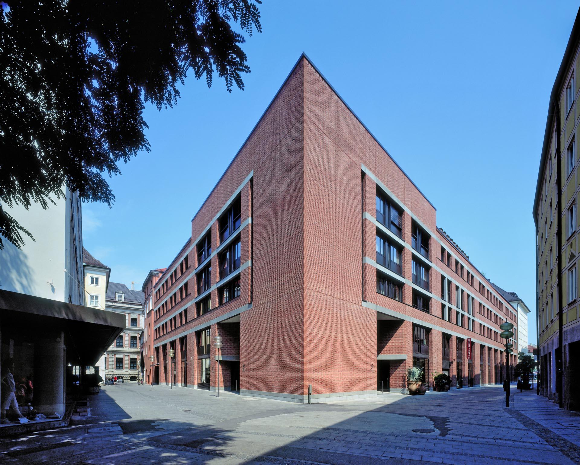 BayerischeVereinsbank-1_progetti_IvanoGianola-2-2