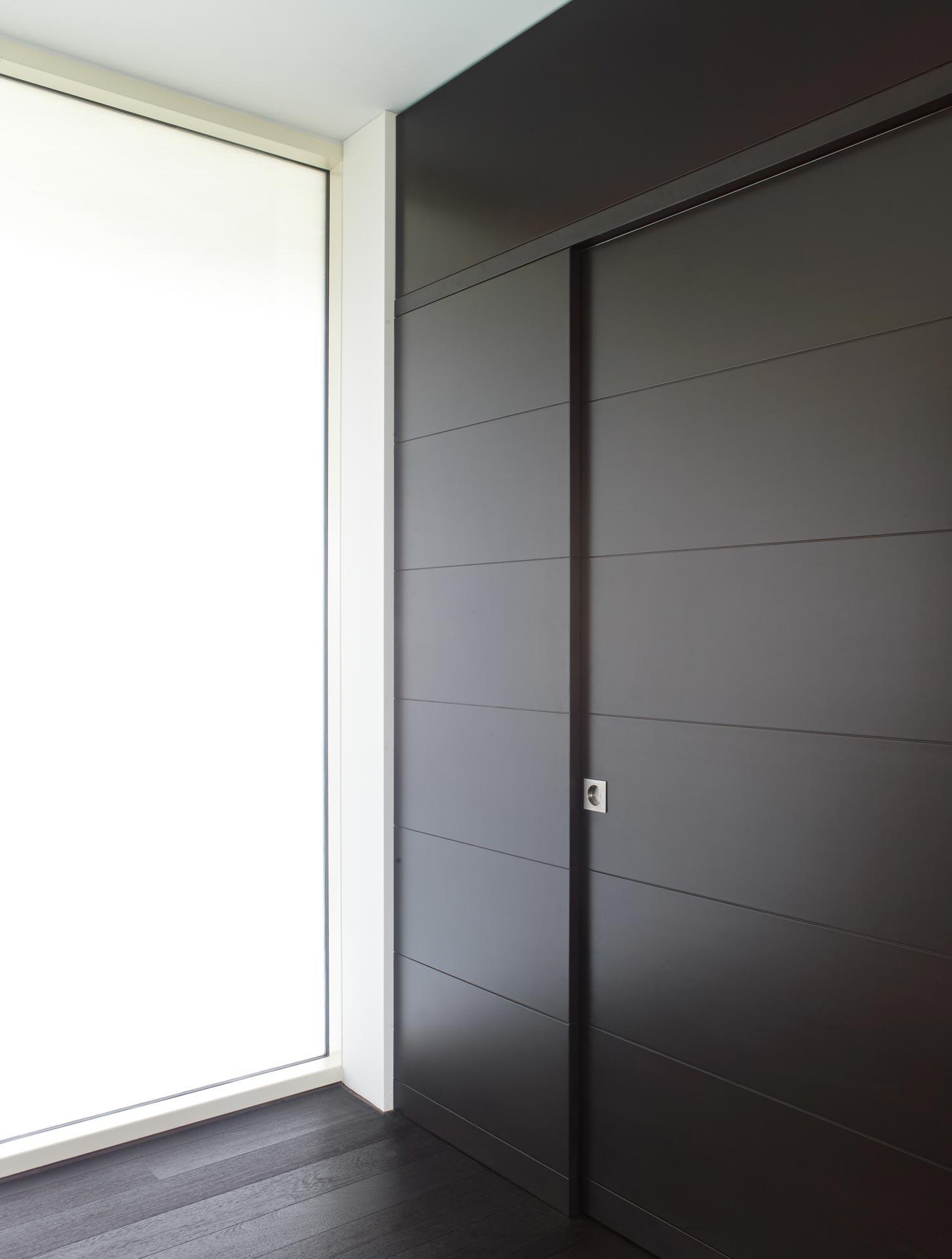 dettaglio parete e porta
